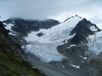 Choose Your Own Adventure: find your favourite line around the glacier! Photo credit: Mike Rose.