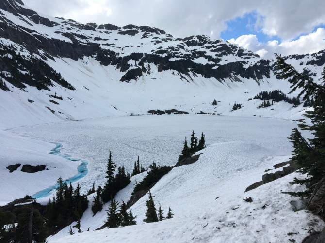 Cirque Lake in July