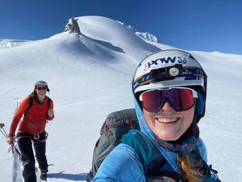 Alicia and Jen selfie near the Sharkfin on Garibaldi Neve traverse